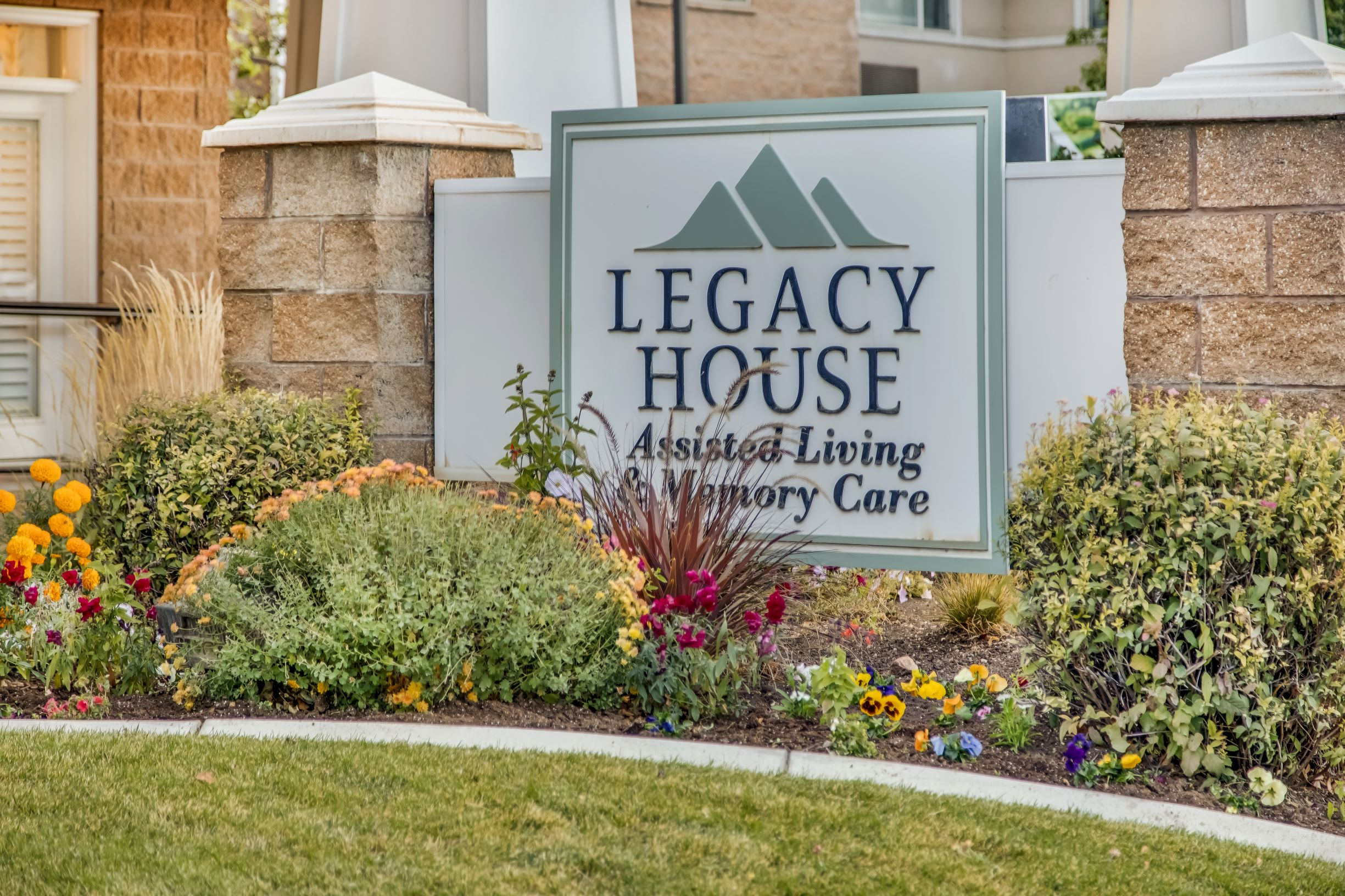 An exterior shot of Legacy House of Bountiful.